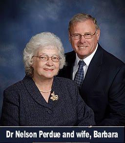 Dr Nelson Perdue and wife Barbara